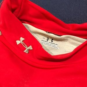 Under Armour Red Baselayer